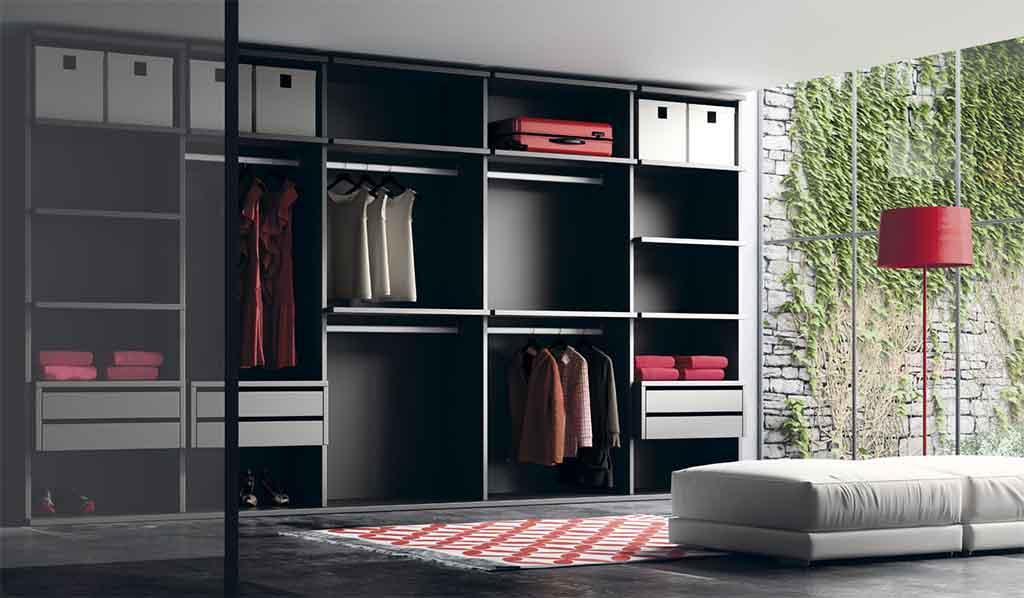 Interior de armario color negro estilo moderno