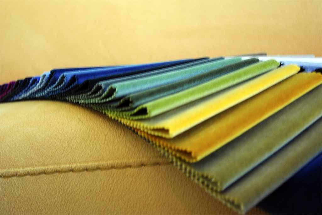 Tapizado terciopelo tonos amarillos