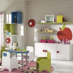Habitación infantil colorida.