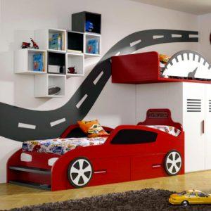 Habitación infantil tematica coche.