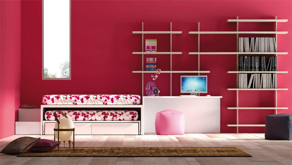Dormitorio Juvenil con colores neutros, aporta color con las paredes y la colcha de la cama.