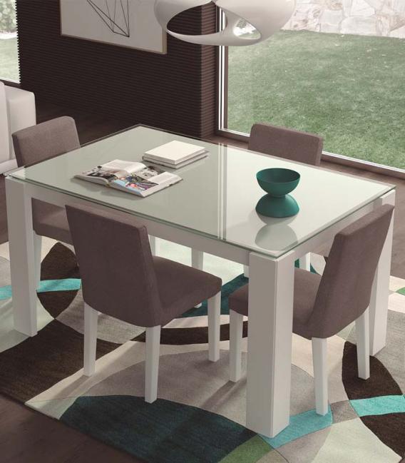 Mesa de comedor extensible tapa cristal de EGELASTA
