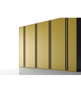 Armario puerta batiente mkodelo INTRO serie NO LIMITS de la firma JJP