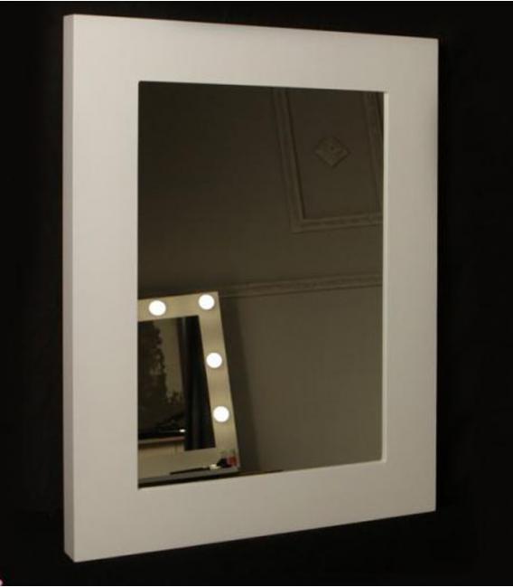 Espejo de Maquillaje lacado rectangular de DECORACIÓN